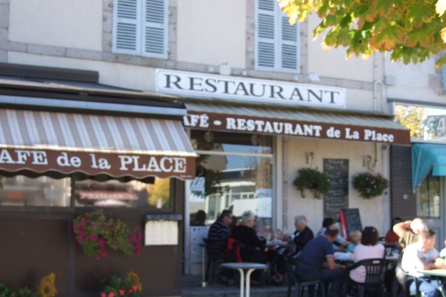 Cafe de la Place Boussac